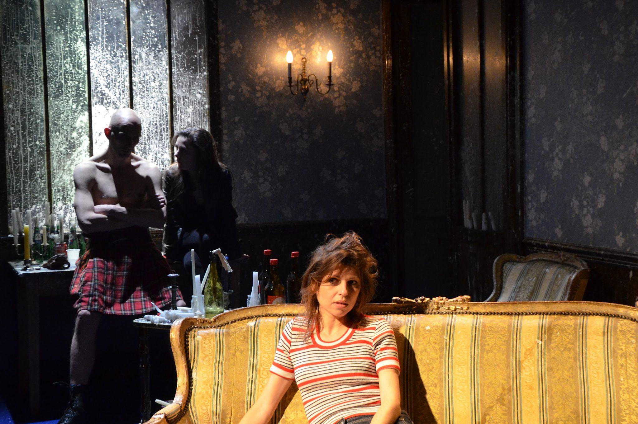 Sous le soleil Bleu Bleu de Stéphane Arcas(Portail de la RTBF)Sylvia Botella